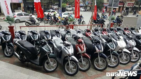 Honda SH150i ế tại Indonesia nhưng người Việt lại phát cuồng - Ảnh 2.
