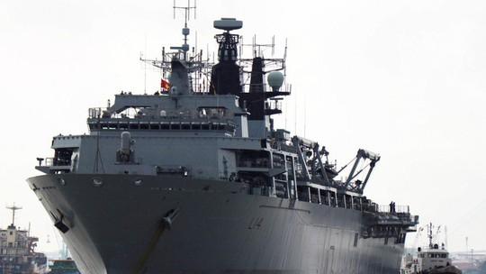Báo Trung Quốc dùng Brexit ép Anh tránh xa biển Đông - Ảnh 1.