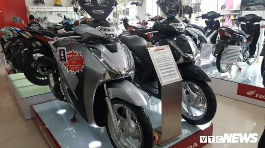 Honda SH150i ế tại Indonesia nhưng người Việt lại phát cuồng - Ảnh 3.
