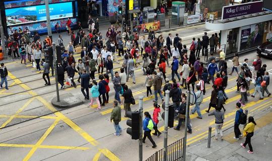 Hồng Kông qua mặt New York về người siêu giàu - Ảnh 1.