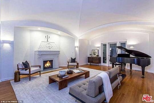 Căn villa mới đẹp mê ly của nam tài tử phim Titanic - Ảnh 4.