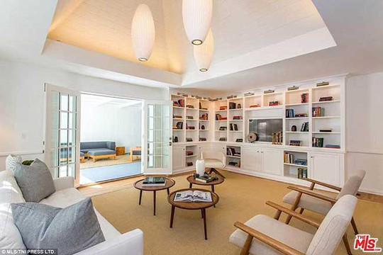 Căn villa mới đẹp mê ly của nam tài tử phim Titanic - Ảnh 6.