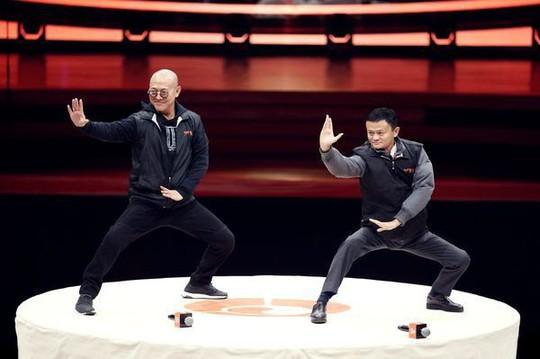 Jack Ma tuyên bố sắp rời Alibaba để đi dạy học trở lại - Ảnh 2.