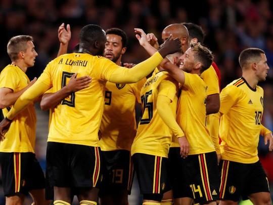 Huynh đệ nhà Hazard trổ tài kiến tạo, Bỉ đè bẹp Scotland - Ảnh 5.