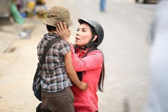 Phi Nhung với tâm nguyện xây trường cho những đứa trẻ bị bỏ rơi - Ảnh 5.