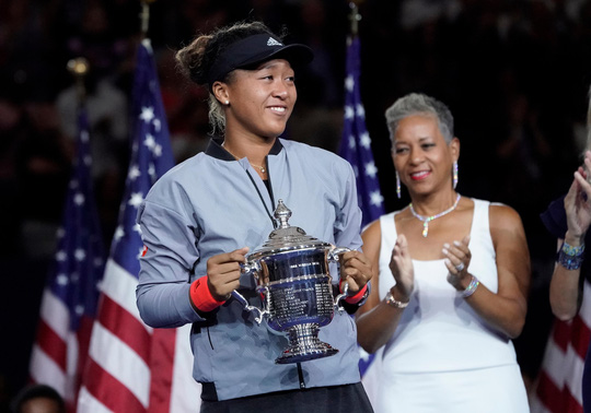 Serena không phá được ngày vui của Osaka - Ảnh 1.