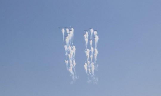 Triều Tiên nhịn khoe ICBM tại lễ diễu binh mừng quốc khánh - Ảnh 2.