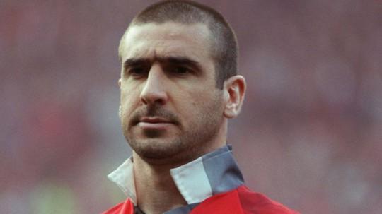 Cantona sẵn sàng thay Mourinho dẫn dắt M.U - Ảnh 1.