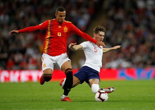 Sao Man United định đoạt số phận, Anh thua sốc Tây Ban Nha - Ảnh 5.
