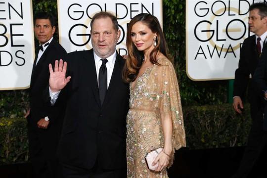 Ông trùm Hollywood chính thức mất vợ sau bê bối tình dục - Ảnh 2.
