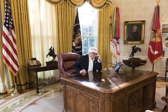 Ngày đầu chính phủ Mỹ đóng cửa đã diễn ra như thế nào? - Ảnh 1.