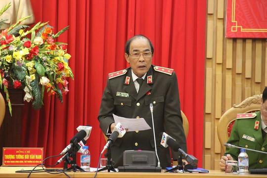 Bộ Công an phản hồi thông tin bắt trung tướng công an - Ảnh 1.