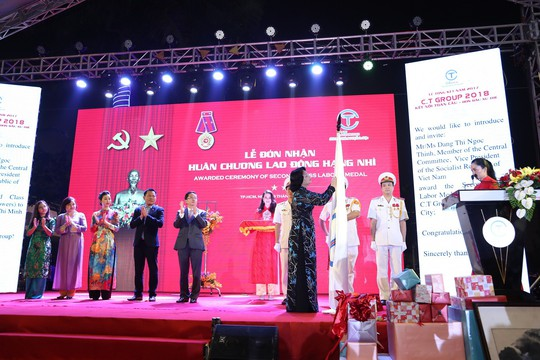 C.T Group đón nhận Huân chương Lao động hạng Nhì - Ảnh 1.