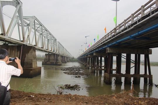 Xây dựng mới cầu dài nhất miền Nam một thời - Ảnh 4.