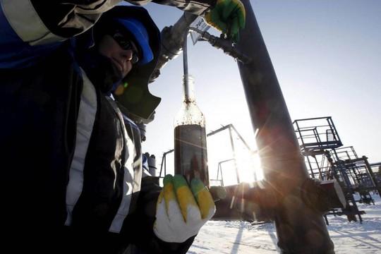 Mỹ Nga đấu dầu mỏ