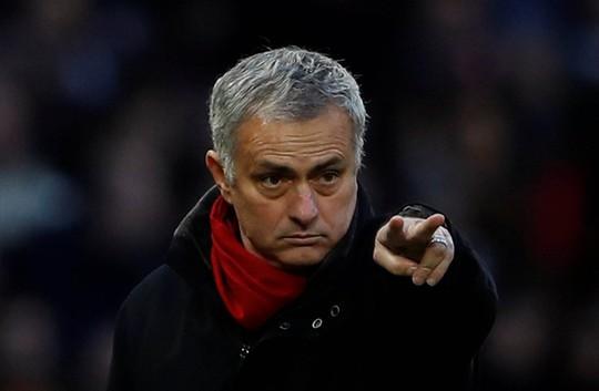 Khẩu chiến Mourinho - Conte cũng là đặc sản - Ảnh 1.