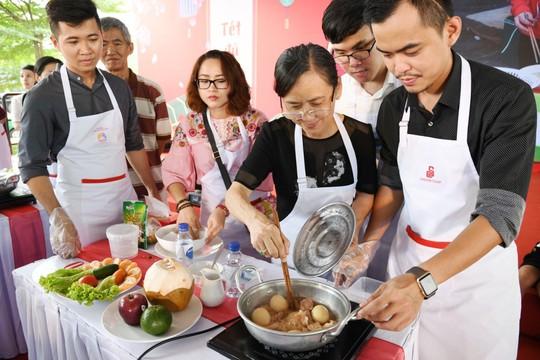 1.000 gia đình cùng Saigon Co.op nấu bữa Tết ngon - Ảnh 1.