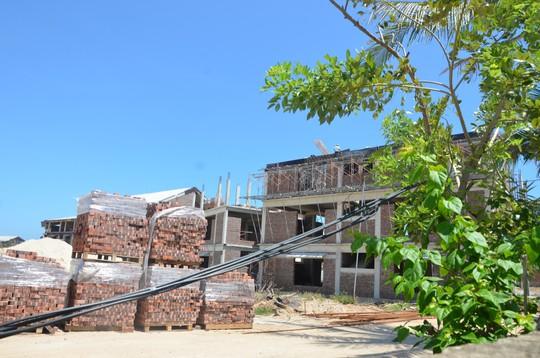 Xây nhiều biệt thự trái phép ở Đà Nẵng: Đề nghị phạt đơn vị thi công và giám sát - Ảnh 2.