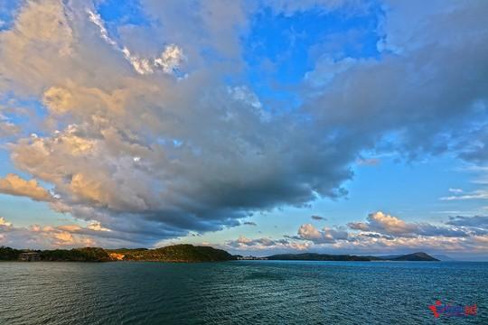 Sững sờ trước sắc xanh kỳ diệu của biển trời Phú Quốc - Ảnh 7.