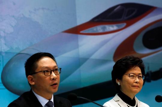 Hồng Kông: Cục trưởng Tư pháp bênh Trung Quốc từ chức - Ảnh 1.