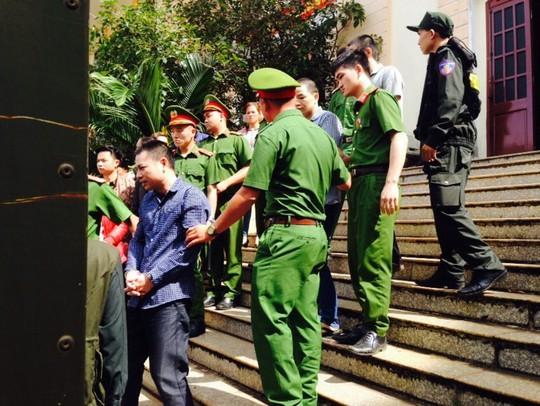 Bị cáo sống ở nước ngoài lâu năm nên không hiểu pháp luật Việt Nam - Ảnh 3.