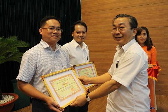 TP HCM: Quận Bình Tân phấn đấu không còn hộ nghèo - Ảnh 2.