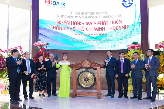 HDBank vào nhóm 20 cổ phiếu vốn hóa lớn nhất sàn chứng khoán - Ảnh 2.
