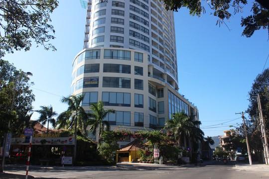 Giám đốc khách sạn sang chứa gái mại dâm phục vụ khách Trung Quốc - Ảnh 2.