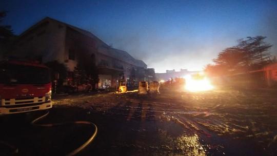 Cháy lớn tại Nhà máy giấy Sài Gòn ở Bà Rịa - Vũng Tàu - Ảnh 2.