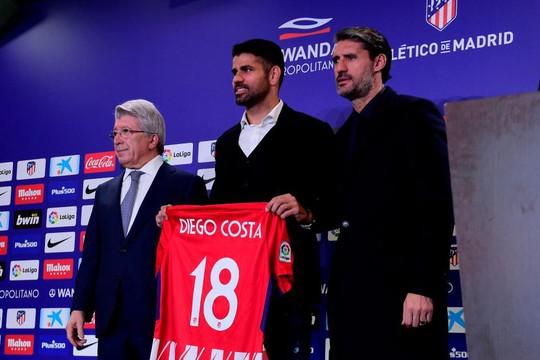Atletico Madrid ra mắt cùng lúc 2 ngôi sao tấn công - Ảnh 1.