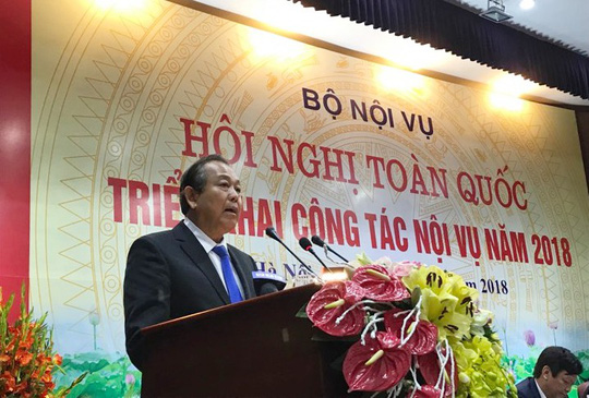 Phó Thủ tướng: Có cần thiết phải về Hà Nội thi nâng ngạch công chức? - Ảnh 1.