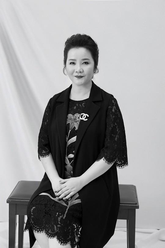 Dàn giám khảo hùng hậu của Chung kết Hoa hậu Hoàn vũ Việt Nam 2017 - Ảnh 1.