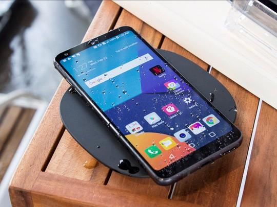 4 thói quen sạc pin tưởng như gây hại nhưng lại tốt cho smartphone - Ảnh 2.