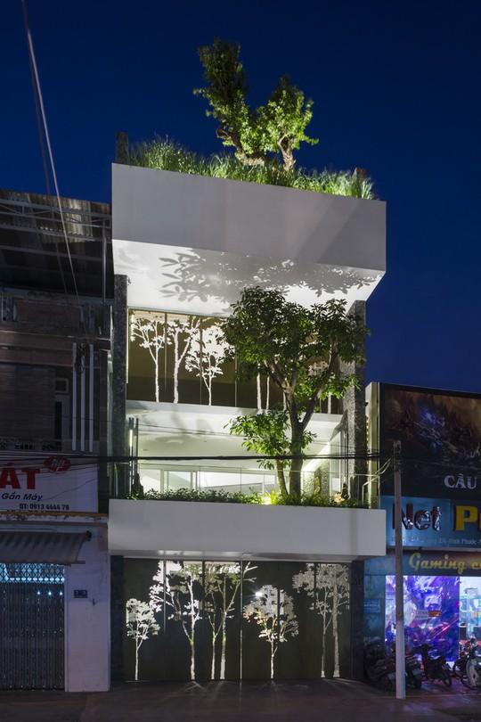 Ngôi nhà đẹp ở Nha Trang lên trang nhất báo Tây - Ảnh 1.