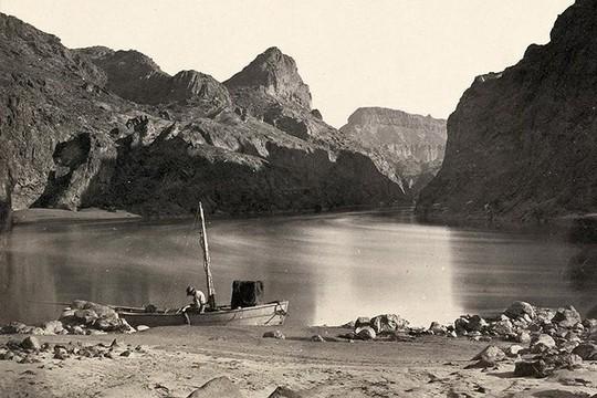 Bất ngờ về cảnh tượng miền Tây nước Mỹ 150 năm về trước - Ảnh 1.
