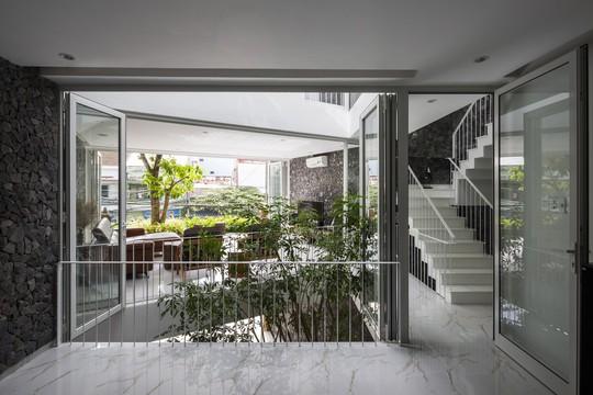 Ngôi nhà đẹp ở Nha Trang lên trang nhất báo Tây - Ảnh 11.