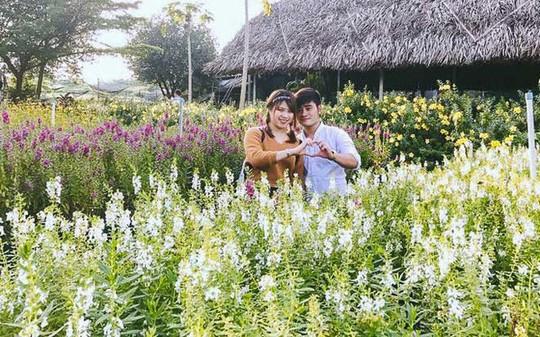 Không thể tin nổi giữa Sài Gòn có cánh đồng hoa đẹp đến thế! - Ảnh 11.
