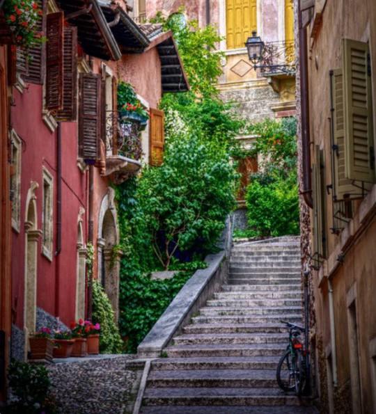 25 đường phố đẹp và đáng sống nhất thế giới - Ảnh 12.