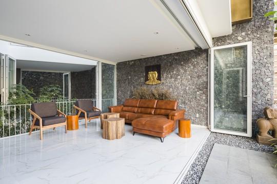 Ngôi nhà đẹp ở Nha Trang lên trang nhất báo Tây - Ảnh 12.