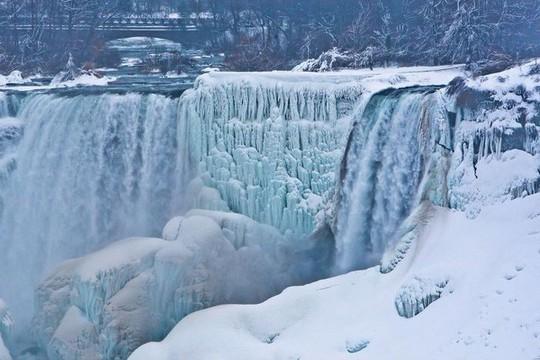Giật mình trước chùm ảnh về mùa đông lạnh giá ở Bắc Mỹ - Ảnh 13.