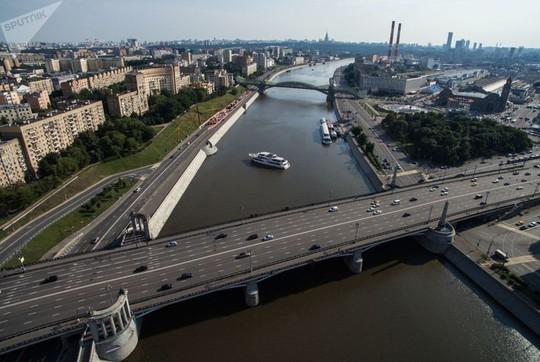 """Chùm ảnh so sánh thủ đô Moscow """"100 năm: ngày ấy - bây giờ"""" - Ảnh 16."""