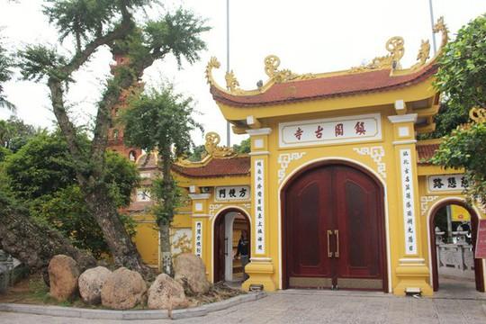 Cận cảnh ngôi chùa đẹp bậc nhất thế giới ở Hà Nội - Ảnh 3.
