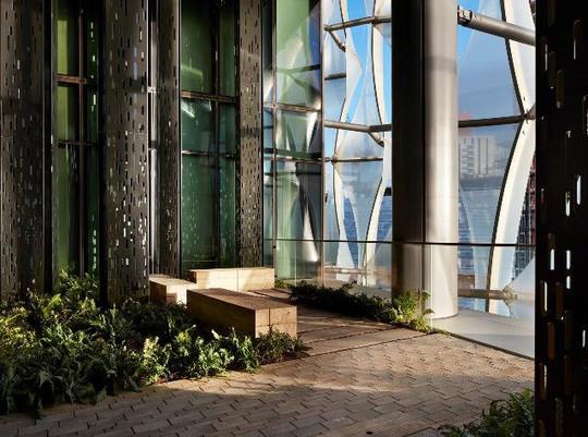Mục sở thị đại sứ quán tỉ đô của Mỹ vừa mở cửa tại London - Ảnh 4.
