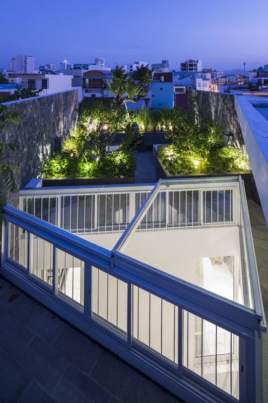 Ngôi nhà đẹp ở Nha Trang lên trang nhất báo Tây - Ảnh 5.