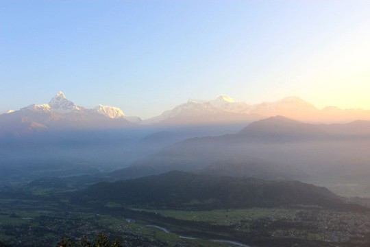 Đến Sarangkot ngắm bình minh trên dãy Himalaya - Ảnh 7.