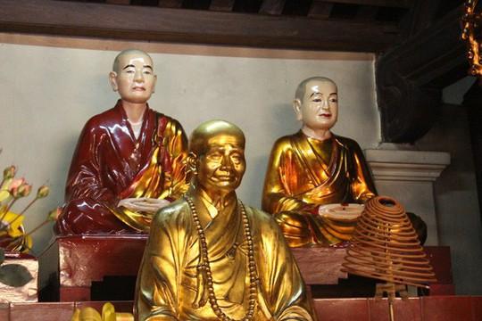 Cận cảnh ngôi chùa đẹp bậc nhất thế giới ở Hà Nội - Ảnh 6.