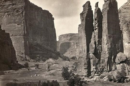 Bất ngờ về cảnh tượng miền Tây nước Mỹ 150 năm về trước - Ảnh 6.