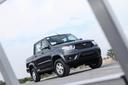 Xe Nga tại Việt Nam có giá từ 390 triệu đồng - Ảnh 3.