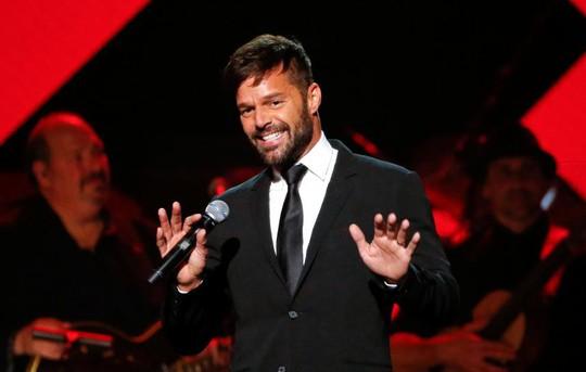 Nam ca sĩ Ricky Martin kết hôn nam nghệ sĩ Jwan Yosef - Ảnh 1.