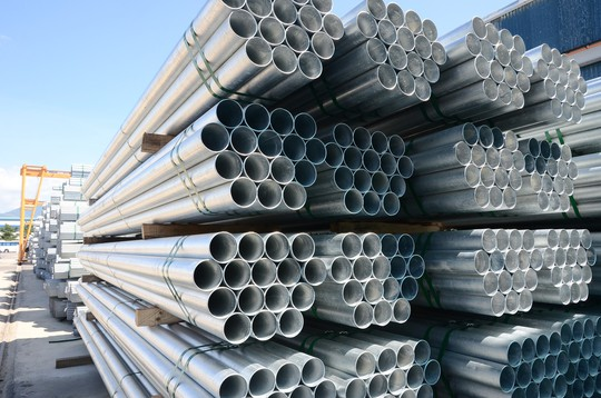 Hòa Phát đạt kỷ lục sản lượng thép bán ra - Ảnh 1.